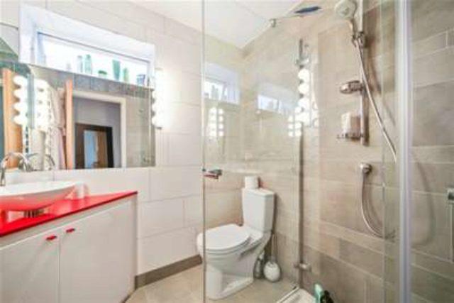 Image of 2 bedroom Semi-Detached house to rent in Hogshill Lane Cobham KT11 at Cobham, KT11 2AH