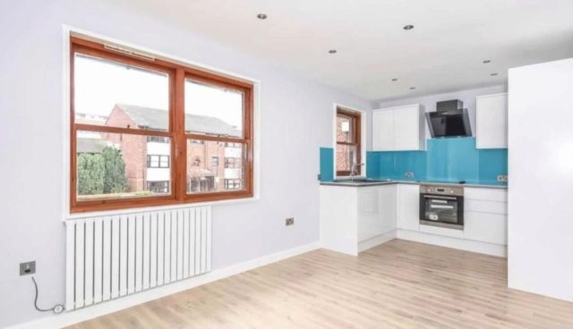 Image of 1 bedroom Flat to rent in Mayfield Road London W12 at Mayfield Road Shepherds Bush London, W12 9LU