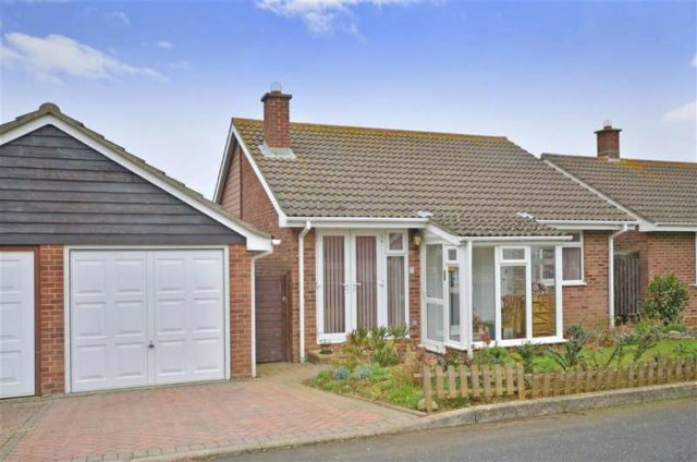 Image of 2 bedroom Detached house for sale in Pursley Close Sandown PO36 at Sandown Isle of Wight Sandown, PO36 9QP