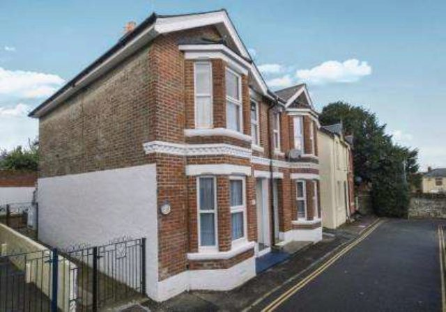 Image of 2 bedroom Flat for sale in Scinde Crescent Shanklin PO37 at Shanklin Isle of Wight Shanklin, PO37 6DD