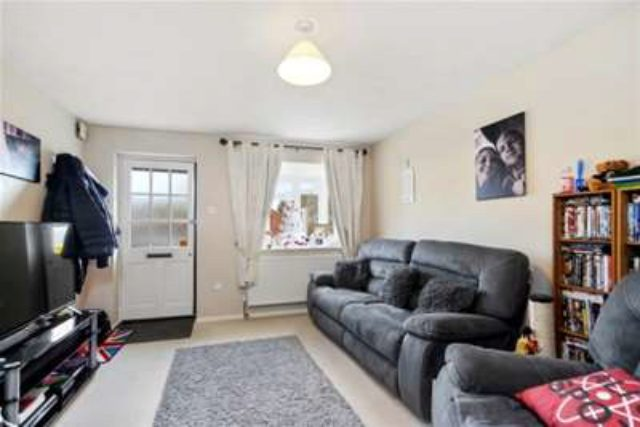 Image of 1 bedroom Detached house to rent in Copperfields Fetcham Leatherhead KT22 at Leatherhead, KT22 9PA