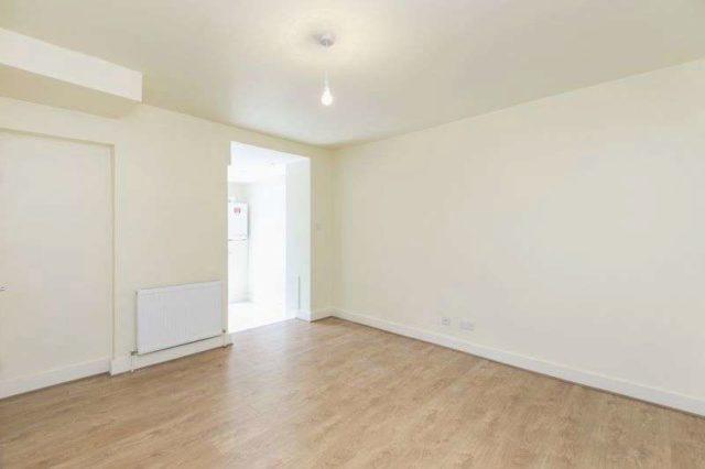 Image of 2 bedroom Flat to rent in Peckham Park Road London SE15 at Peckham Park Road  London, SE15 6TR