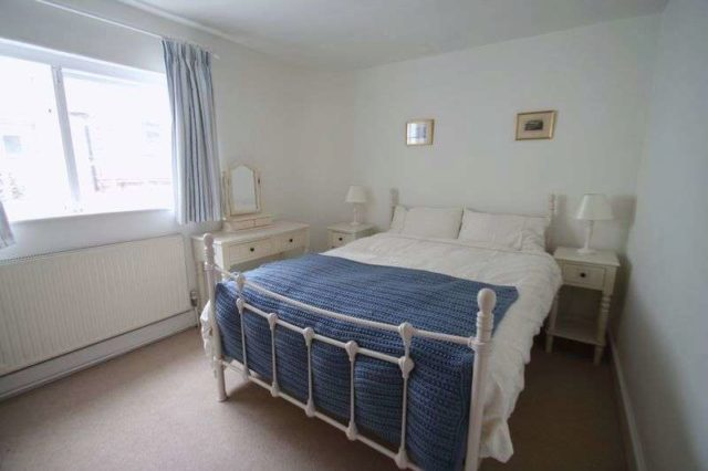 Image of 2 bedroom Detached house for sale in Bars Hill Cowes PO31 at Bars Hill  Cowes, PO31 7QP
