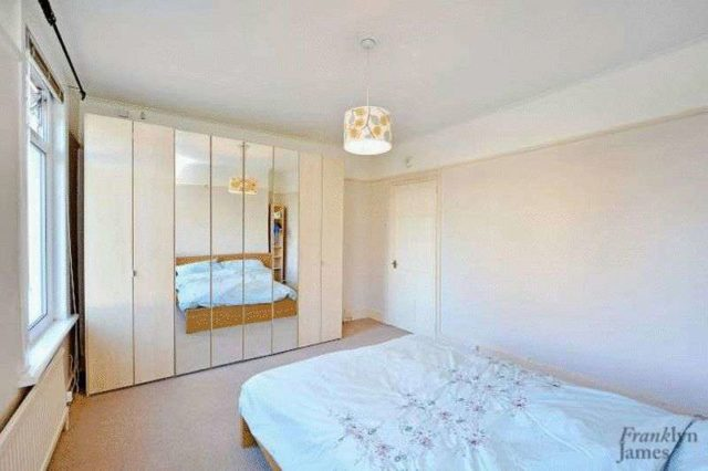 Image of 2 bedroom Terraced house for sale in Dundee Road London E13 at Dundee Road Plaistow London, E13 0BQ