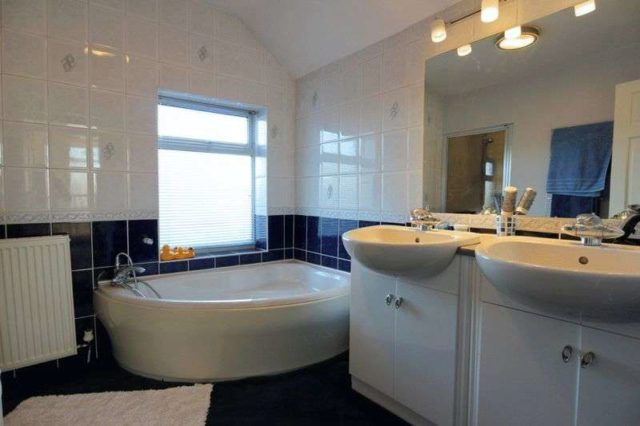Image of 4 bedroom Detached house for sale in Moorfields Willaston Nantwich CW5 at Moorfields Willaston Nantwich, CW5 6QY
