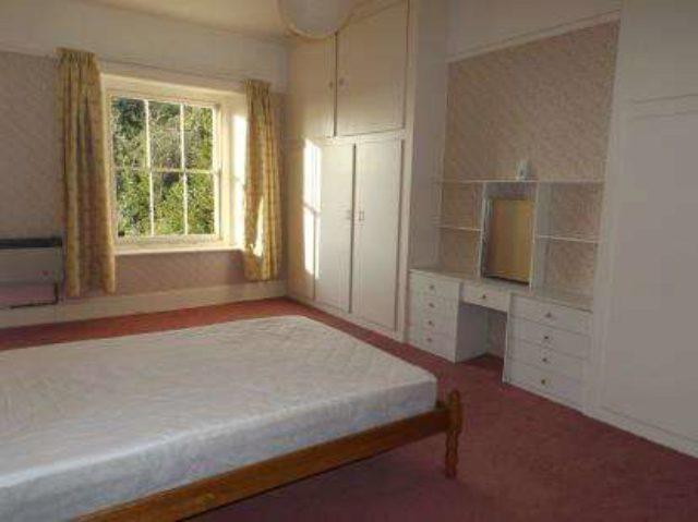 Image of 1 bedroom Flat for sale in Bonchurch Shute Ventnor PO38 at Bonchurch Shute Ventnor Bonchurch, PO38 1NU