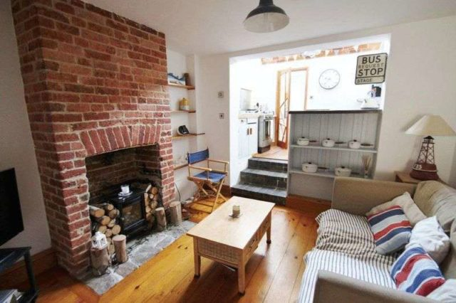 Image of 3 bedroom Terraced house for sale in Arctic Road Cowes PO31 at Arctic Road  Cowes, PO31 7PJ