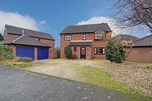 Image of 4 bedroom Detached house for sale in Nursery Court Brough HU15 at Nursery Court Welton Road Brough, HU15 1DG