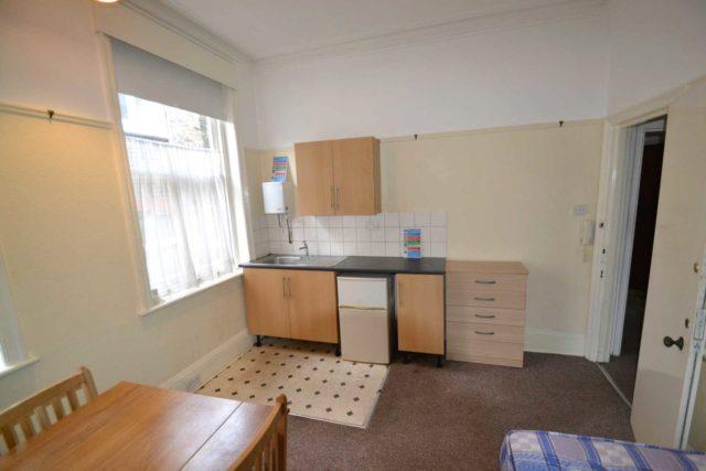 Image of Studio flat to rent in Castlebar Hill London W5 at Castlebar Hill Ealing Broadway London, W5 1TA