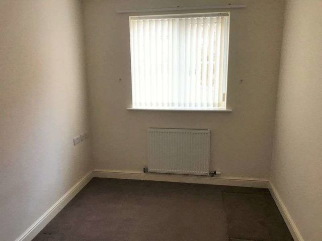 Image of 2 bedroom Flat to rent in Majestic Court Darton Barnsley S75 at Majestic Court Darton Barnsley, S75 5FH