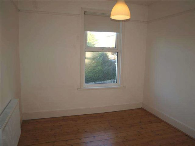 Image of 3 bedroom Terraced house to rent in Dollis Road London N3 at Finchley Central  Church End, N3 1RG