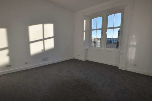 Image of 2 bedroom Flat to rent in Mill Street Alloa FK10 at Mill Street  Alloa, FK10 1DX