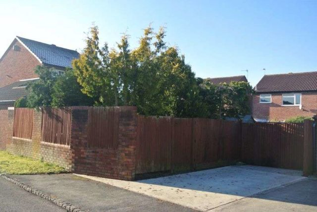 Image of 3 bedroom Detached house for sale in Brent Close Thatcham RG19 at Brent Close  Thatcham, RG19 3YP