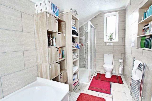 Image of 7 bedroom Terraced house for sale in Wilton Road Hornsea HU18 at Wilton Road  Hornsea, HU18 1QU