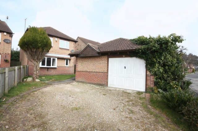 Image of 4 bedroom Detached house for sale in Southfield Close Driffield YO25 at Southfield Close  Driffield, YO25 5YU