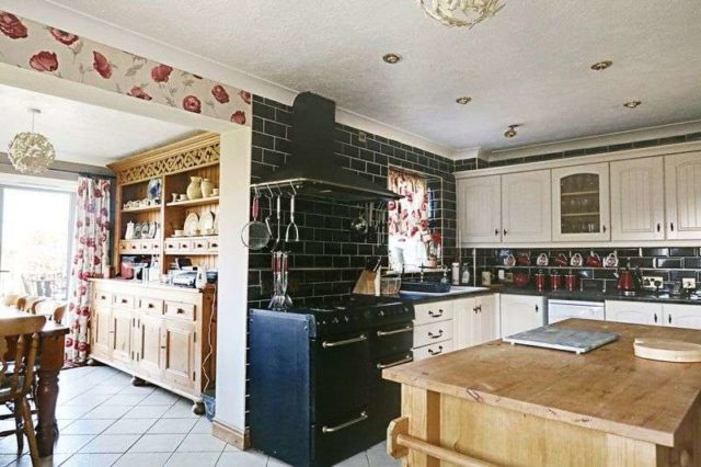 Image of 4 bedroom Detached house for sale in Church Lane Atwick Driffield YO25 at Church Lane Atwick Driffield, YO25 8DH