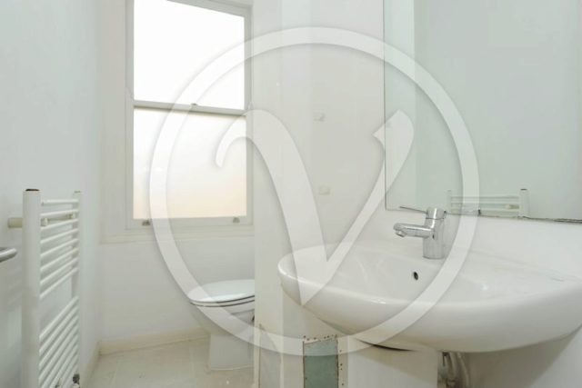 Image of 2 bedroom Flat to rent in Canfield Gardens London NW6 at Canfield Gardens South Hampstead London, NW6 3BS