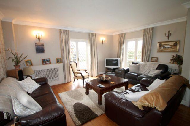 Image of 4 bedroom Detached house to rent in Tandridge Lane Lingfield RH7 at Tandridge Lane  Lingfield, RH7 6LL