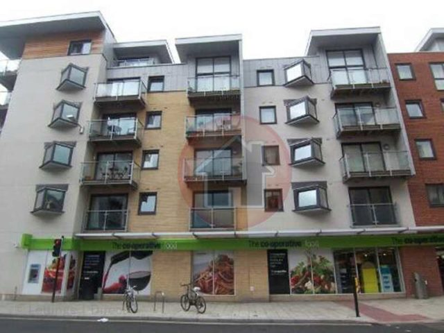 Image of 2 bedroom Flat to rent in High Street Southampton SO14 at High Street  Southampton, SO14 2EA