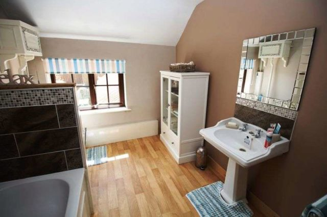 Image of 3 bedroom Detached house for sale in Fridaythorpe Fridaythorpe Driffield YO25 at Fridaythorpe Driffield, YO25 9RS