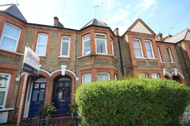 Image of 1 bedroom Flat to rent in Carr Road London E17 at Carr Road  London, E17 5EP