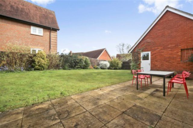 Image of 6 bedroom Detached house to rent in Oakley Gardens Betchworth RH3 at Betchworth, RH3 7AZ