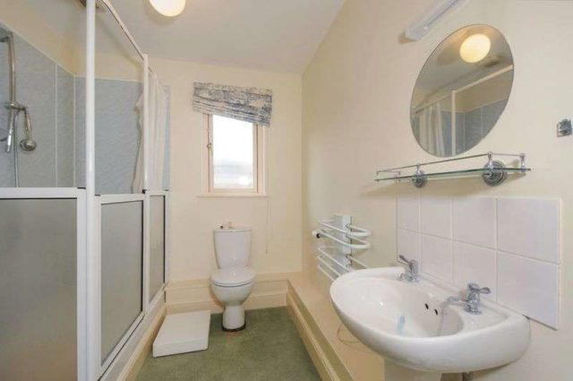 Image of 2 bedroom Cottage for sale in Bearwater Hungerford RG17 at Bearwater Charnham Street Hungerford, RG17 0NN