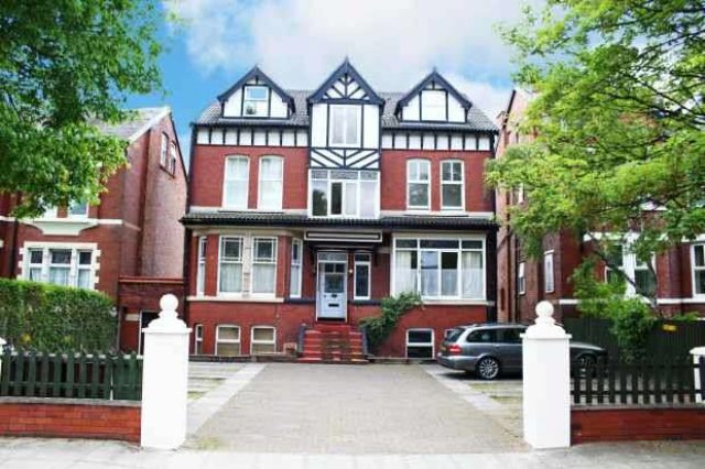 Image of 1 bedroom Apartment for sale in Albany Road Southport PR9 at Flat 5 Albany Road  Southport, PR9 0JF