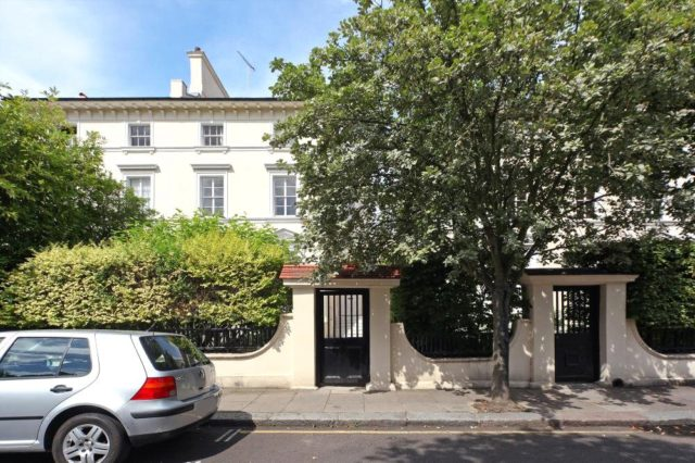 Image of 2 bedroom Flat to rent in Howley Place London W2 at Howley Place  London, W2 1XA