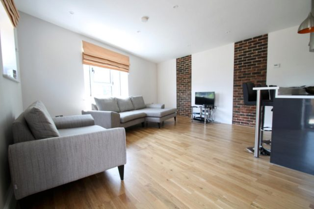 Image of 2 bedroom Apartment to rent in Boltro Road Haywards Heath RH16 at Station Quarter Apartments 17 Boltro Road Haywards Heath, RH16 1BP