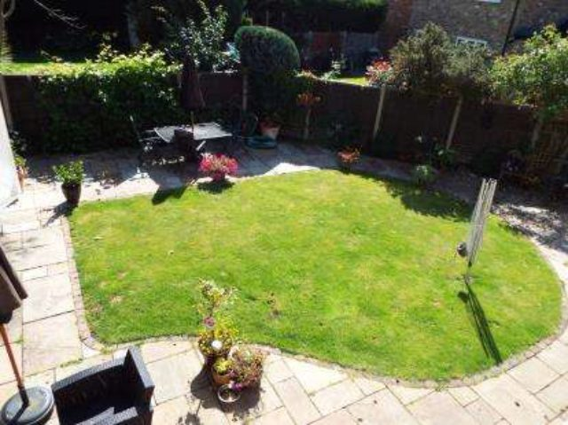 Image of 4 bedroom Detached house for sale in Canberra Close Yateley GU46 at Yateley  Yateley, GU46 7PZ