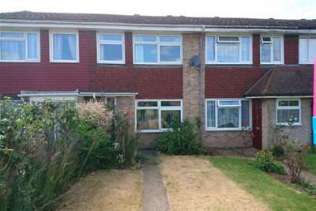 Image of 3 bedroom Property to rent in Station Road Teynham Sittingbourne ME9 at Sittingbourne, ME9 9TH