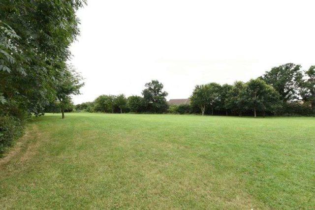 Image of 2 bedroom Flat for sale in Bradley Moor Square Thatcham RG18 at Bradley Moor Square  Thatcham, RG18 4QH