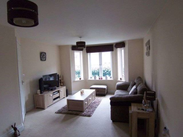 Image of 2 bedroom Flat for sale in Sandstone Grove Hermitage Thatcham RG18 at Sandstone Grove Hermitage Thatcham, RG18 9WS