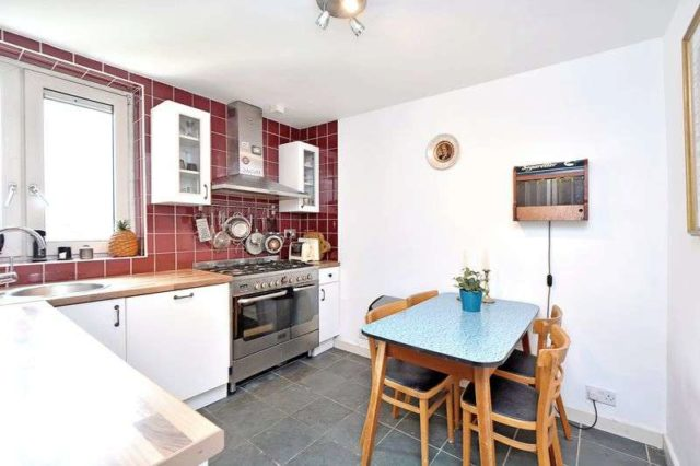 Image of 2 bedroom Flat for sale in Lake View Estate Old Ford Road London E3 at Old Ford Road  London, E3 5TB