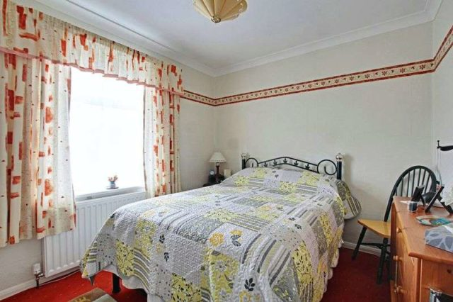 Image of 2 bedroom Detached house for sale in Holmpton Road Hollym Withernsea HU19 at Holmpton Road Hollym Withernsea, HU19 2QW