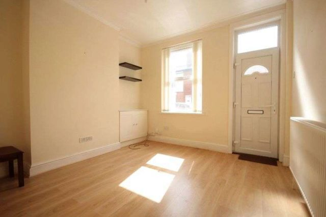 Image of 3 bedroom Terraced house to rent in Grosvenor Street Derby DE24 at Grosvenor Street  Derby, DE24 8AU