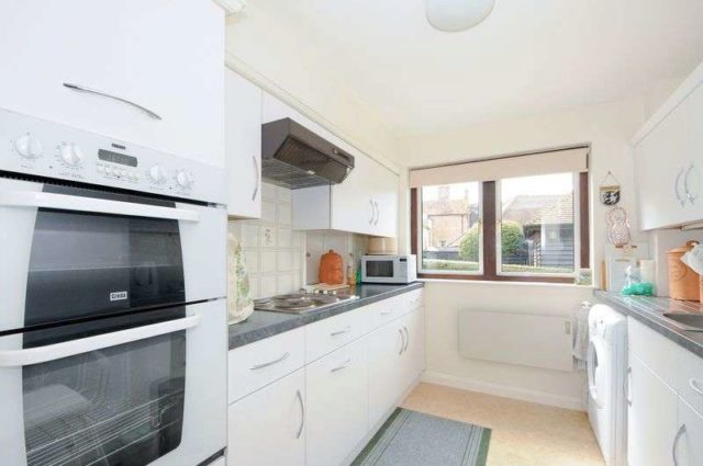Image of 2 bedroom Flat for sale in Hildesley Court East Ilsley Newbury RG20 at Hildesley Court East Ilsley Newbury, RG20 7LA