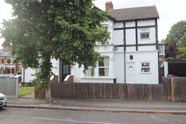 Image of 1 bedroom Flat to rent in Preston Road London E11 at Preston Road  London, E11 1NN
