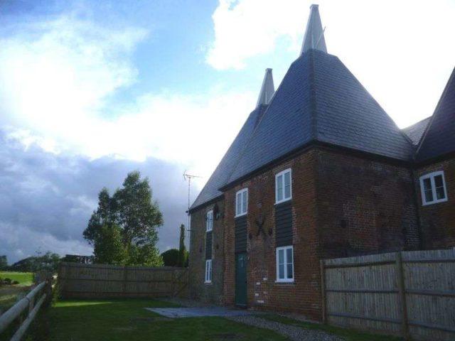 Image of 4 bedroom Property to rent in Staple Street Hernhill Faversham ME13 at Staple Street Hernhill Faversham, ME13 9FE