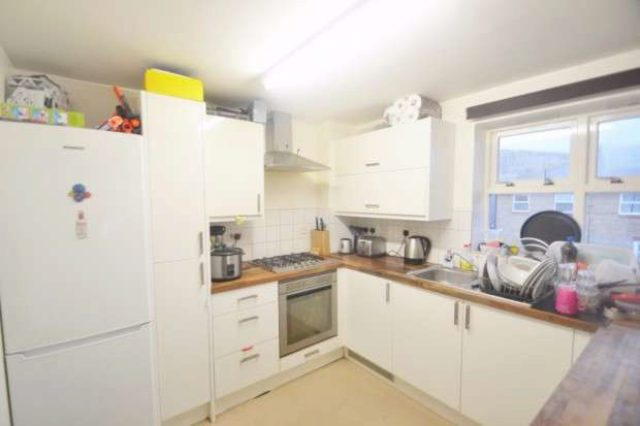 Image of Flat Share to rent in Henrietta Close London SE8 at Henrietta Close  Deptford, SE8 3EJ