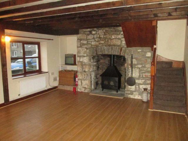 Image of 2 bedroom Terraced house to rent in Heol Las North Cornelly Bridgend CF33 at Bridgend  North Cornelly, CF33 4BA