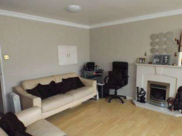 Image of 4 bedroom Detached house for sale in Kempton Park Road Hodge Hill Birmingham B36 at Birmingham West Midlands Bromford, B36 8RE