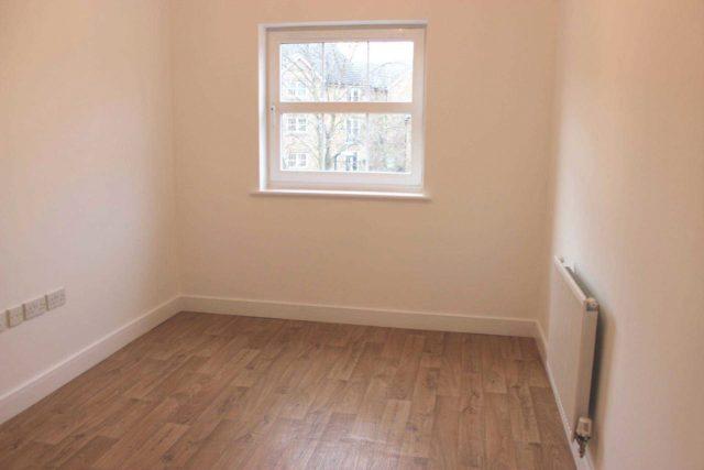 Image of 2 bedroom Apartment for sale in Allenby Road London SE28 at West Lodge Allenby Road London, SE28 0BG
