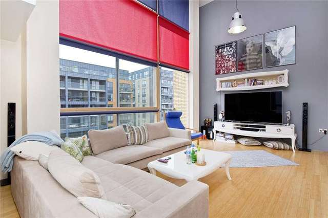 Image of 2 bedroom Flat to rent in Kingsland Road London E8 at Dalston London Dalston, E8 4DQ