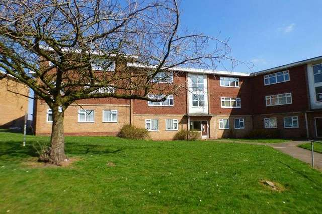 image of 2 bedroom flat to rent in tugford road birmingham b29 at
