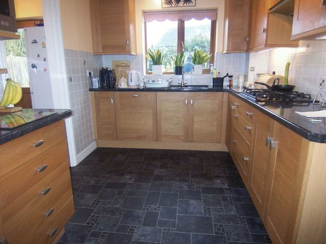 Image of 4 bedroom Detached house for sale in Hammond Close Thatcham RG19 at Hammond Close  Thatcham, RG19 4FF