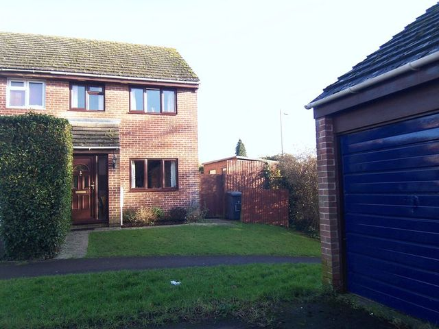 Image of 3 bedroom Semi-Detached house for sale in Maynard Close Thatcham RG18 at Maynard Close  Thatcham, RG18 3SU