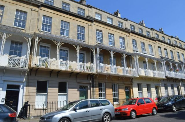 2 Bedroom Flat For Sale In West Mall Clifton Bristol Bs8