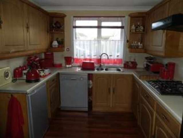 Image of 4 bedroom Semi-Detached house for sale in Lancaster Square Hungerford RG17 at Hungerford Berkshire Hungerford, RG17 0AH